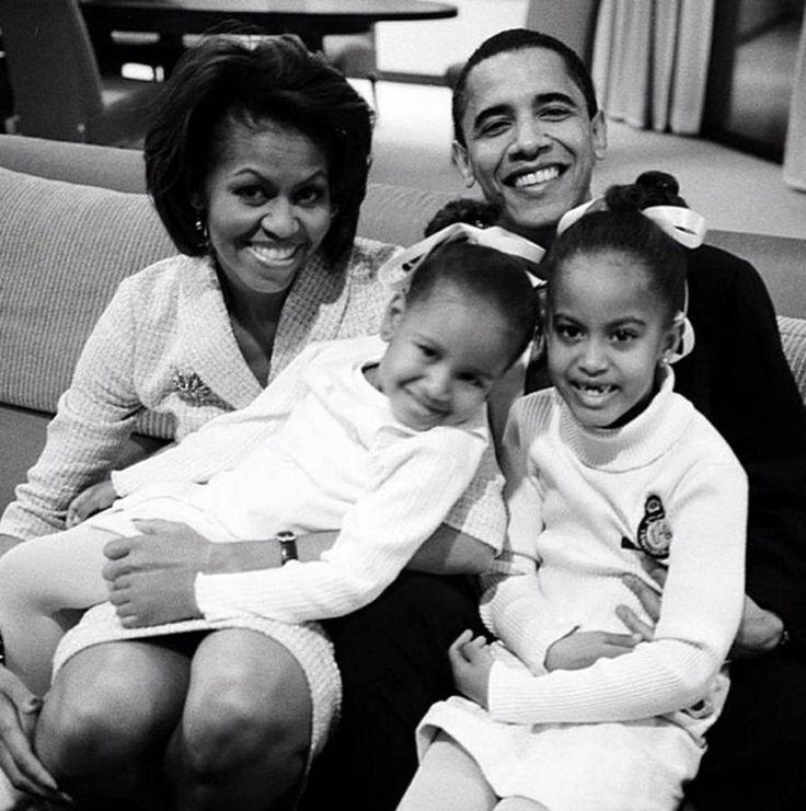 Barack et Michelle Obama : une histoire d'amour qui dure                                                                                                                                                                                 Plus