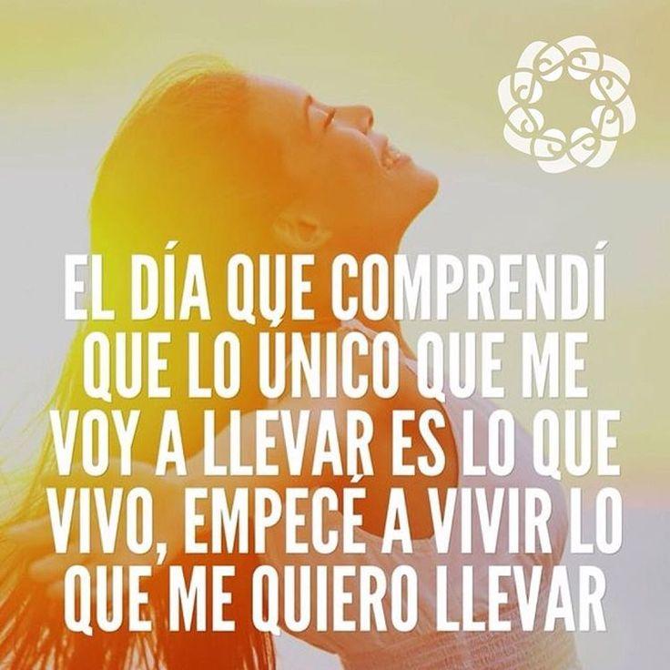 Hoy es un gran día para Vivir !buenos dias!! • ❁ GO! NAMASTE ॐ #yopiensoenpositivo #piensoenpositivo #pienso_en_positivo #citas #hooponopono #motivacion #emprendedores #emprende #vive #yoga #felicidad #publicidad #namaste #love #smile #happy #go @by.piensoenpositivo . 🔝Compártela Etiqueta a Otros🔝 PIENSA EN POSITIVO VIVE EN POSITIVO