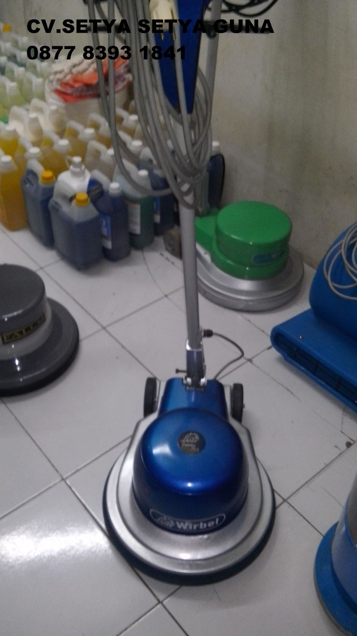 Jual beli sewa mesin poles marmer buffing lantai floor polisher Italy spesifikasi:  Merek : Falco New  Power : 1000 W  Diameter : 17 Inch  Speed : 154 Rpm  Weight : 48 Kg  Including : Main body,pad holder,water tank  Country : Italy  garansi 1 tahun  Harga second 5 Juta