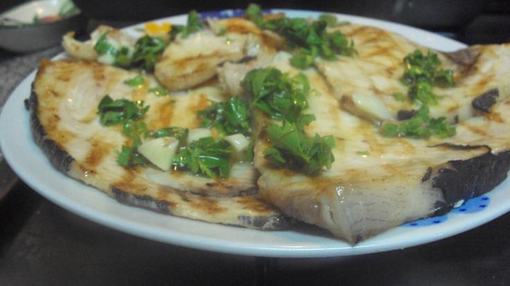 pesce spada alla griglia con salmorigano alla siciliana  http://blog.giallozafferano.it/profumodidolce/pesce-spada-al…alla-siciliana/