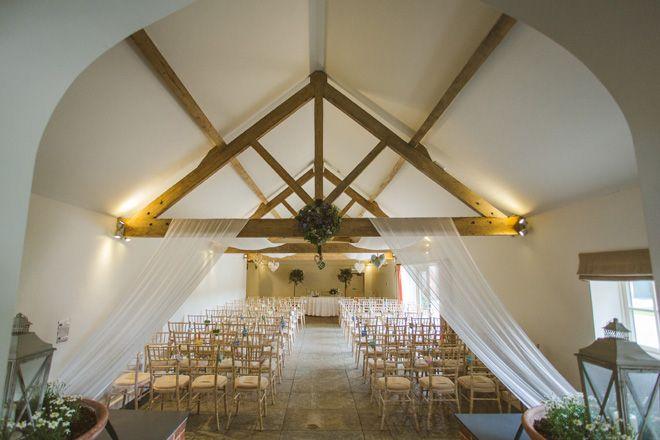 Farbridge wedding venue in West Sussex via Nicki Feltham Photography | Visit: wedding-venues.co.uk