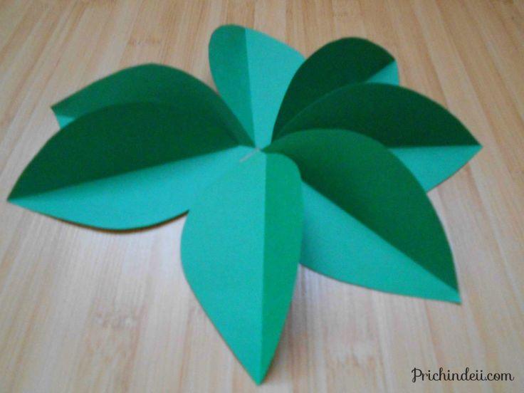 Flori de sânger/ corn din hârtie | http://prichindeii.com/flori-de-sanger-corn-din-hartie/