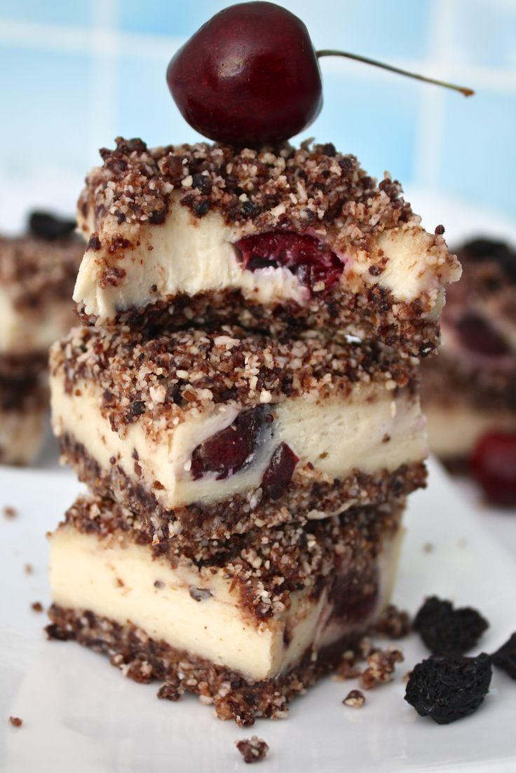 Cherry almond crumble squares - raw / vegan / grain free