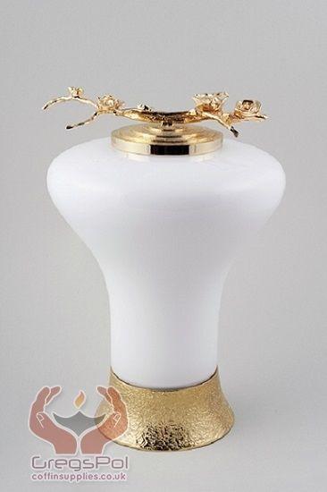 Ashes urns supplier UK  Exclusive urns,Urns UK, Cremation urns for sale UK,Urns Supplier UK,Ashes Urns UK,Urns Uk,Ashes Urns