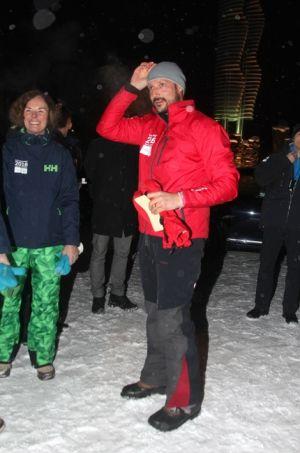 La Cour Royale Norvegienne: Le Prince Heritier Haakon a Lillehammer   Ce samedi le prince héritier Haakon de Norvège a fourni le coup d'envoi officiel des Jeux Olympiques de la Jeunesse (JOJ) qui se tiendra à Lillehammer dans son pays du 12 au 21 Février. Lillehammer fera revivre l'esprit des Jeux Olympiques au début de 2016. Le site norvégien qui a accueilli les Jeux olympiques d'hiver en 1994 sera de nouveau au cœur du sport international en Février. 1100 athlètes âgés de 15-18 ans dans 70…