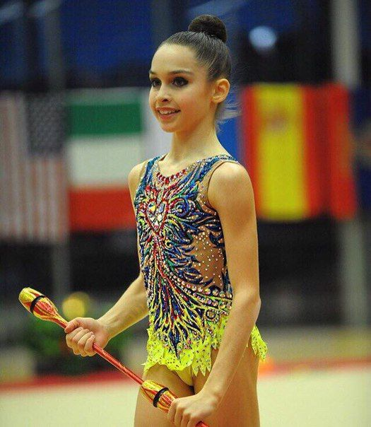 Lana Купальники для художественной гимнастики