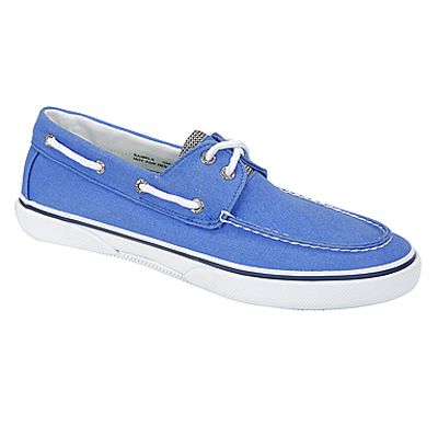 This bright blue color adds personality to Sperry's classic boat shoes for men. HALYARD by SPERRY