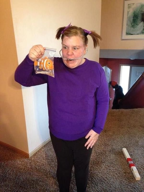"""This Darla Cosplay From """"Finding Nemo"""" Is Terror Incarnate"""