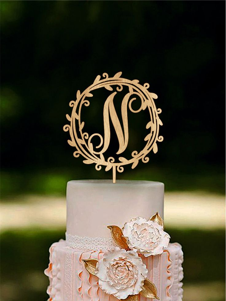 wedding cake toppers initials best 25 monogram wedding cakes ideas on 26509