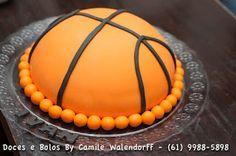 Camile Walendorff - Cupcakes, Bolos e Doces: Bolo Bola de Basquete