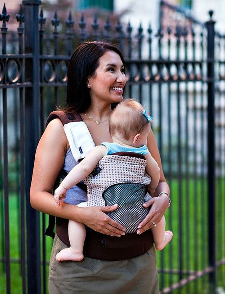 Just ordered this Pognae Baby Carrier and can't wait to try it (and it's cool mesh panel)! Should be a good fit for our hot summers.