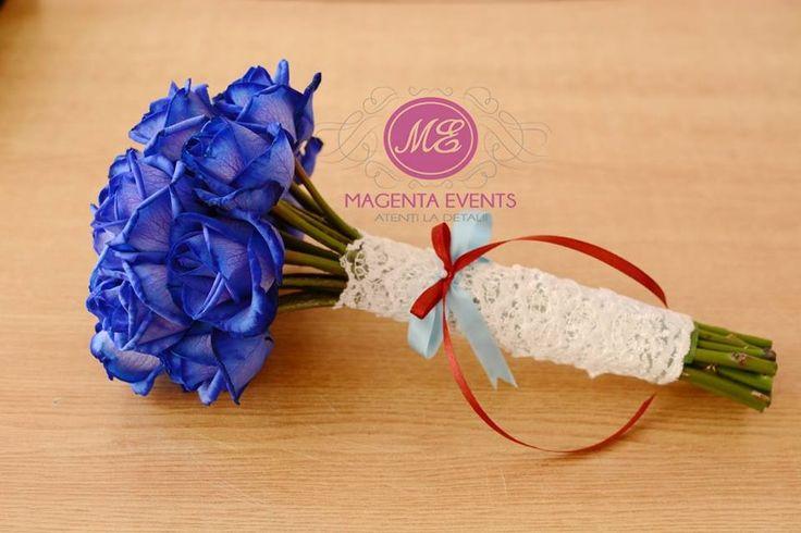 Trandafiri albastri #blueroses #blueflowers #bridalbouqet #bluewedding #magentaevents #nunta #iasi