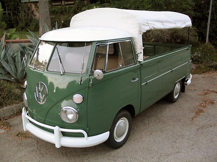 17 best images about voitures 60 39 s on pinterest for Garage volkswagen salon de provence