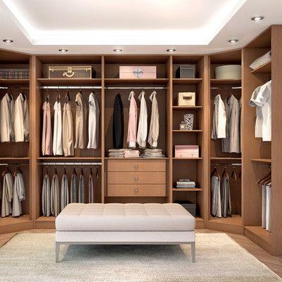 Walk in - organizing your closet