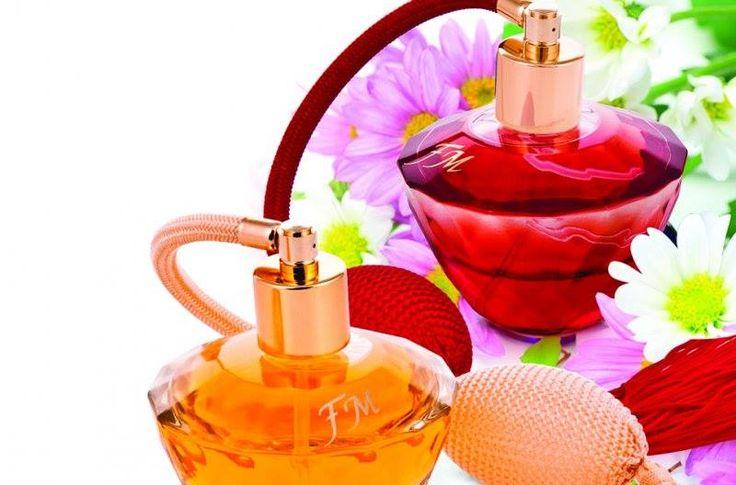 PARFUM LUX DAMA  POMPITA - 50ml - FM 313  GRUPA: lemnoase - florale TIP: sic CARACTER: elegant, convingător  NOTE DE VARF: lămâie, zmeură NOTE DE MIJLOC: floare de portocal, iasomie NOTE DE BAZA: patchouli, miere albă;                         PARFUM LUX DAMA  POMPITA - 50ml - FM 297  GRUPA: florale - orientale TIP: sexy CARACTER: sexy, pasionant  NOTE DE VARF: mere proaspete, dulci N0TE DE MIJLOC: flori de portocal, flori de trandafir alb NOTE DE BAZA: lemn de santal, cremă de zahăr ars…