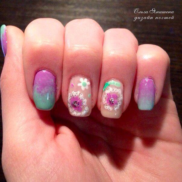 Весенние цветы #nail #nails #ногти #маникюр #рисунок #цветы #цветок #nailart #art #naildesign #design #nailstyle #style #flower #flowers