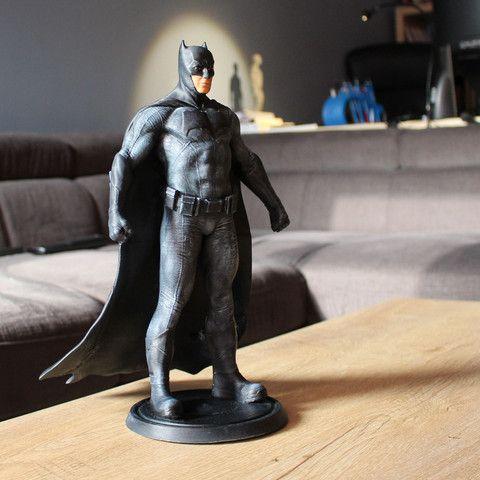 Download on https://cults3d.com #3Dprinting #Impression3D batman STL model, tutus