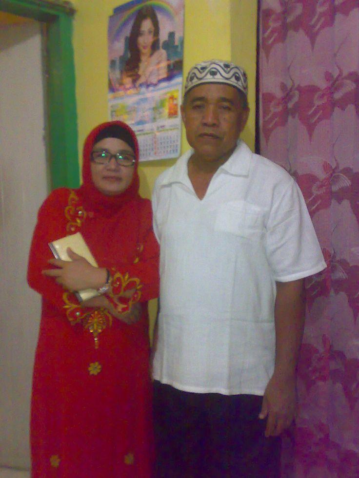 mama dan ayah :):):)