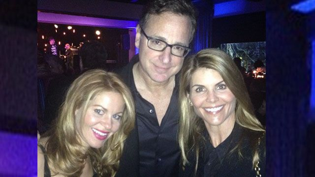 The cast of  'Full House' got together again and even sang their theme song.