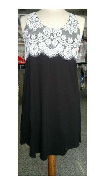 Abitino corto/maglia lunga in maglina, marca Ragno, fondo nero con inserto in pizzo floreale bianco nella parte alta