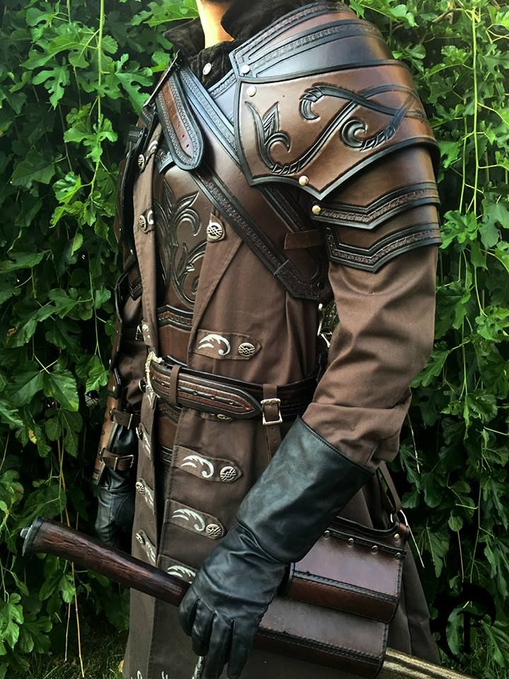 The details make this outfit. Usually not a big fan of greatcoats and leather armor...