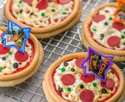 Learn to make Teenage Mutant Ninja Turtle Pizza Cookies.