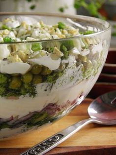 Sałatka z jajkiem, łososiem i brokułem | sio-smutki! Monika od kuchni