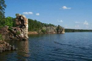 Lake Greeson, AR - Beautiful, clean mountain lake: Rocks Just Beautiful, Buckets Lists, Lakes Greeson, Clean Lakes, Narrow Lakes, Ar Chimney Rocks, Camps, Chimney Rocks Just, Rocks Lakes