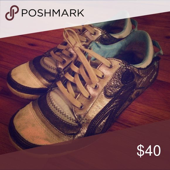 Used hiker sneaker Low silver sneakers worn a lot but they are still amazing quality just a little dirty on the outside. They've been broken in I guess. Cushe Shoes Sneakers
