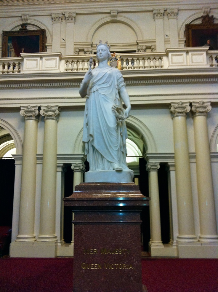 Marble statue of queen victoria by british sculptor