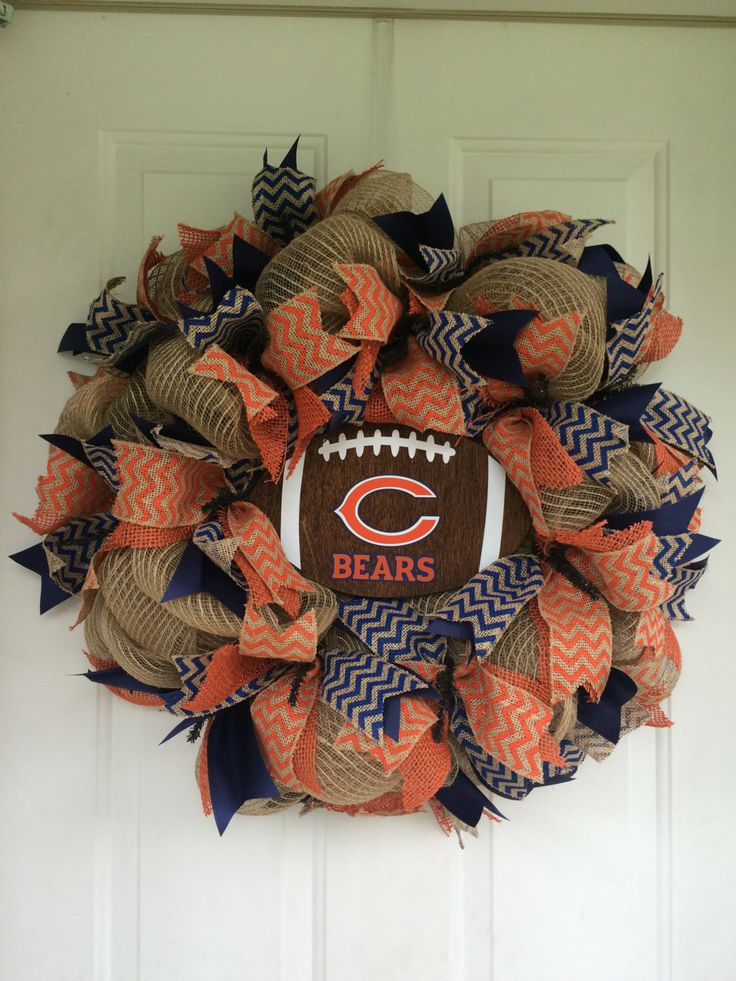 Chicago Bears wreath by ShuthefrontdoorShop on Etsy