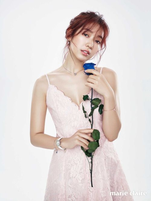 Park Shin Hye - Marie Claire Magazine March Issue '17