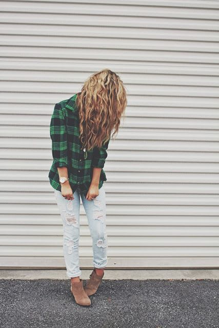 Flannel shirt & ripped jeans