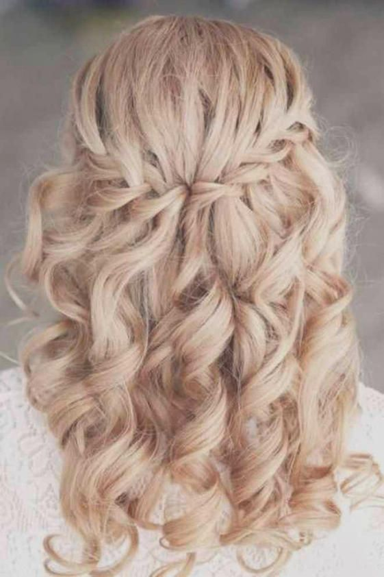 Frisuren Mit Locken Und Geflochten Frisur Frisuren Lange Haare