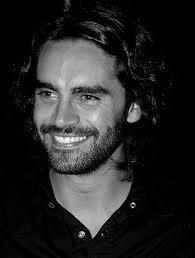 Que lindo es ver junto con la sonrisa la felicidad en la mirada.