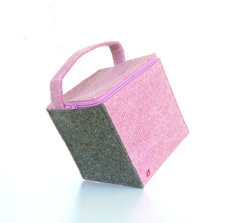 Box bag, handmade handbag, cosmetic case, cosmetic bag, evening bag, zipper bag, pink handbag, hand sewn bag by AlfaHandmade on Etsy