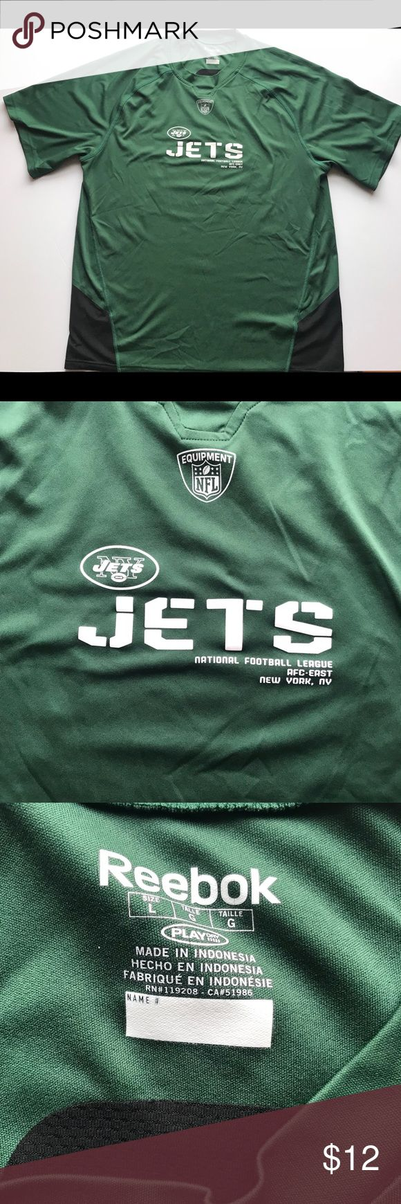 Reebok New York Jets NFL T-Shirt Item is in great condition and ready for immediate use. Let me know if you have any questions and I'm open to reasonable offers! Reebok Shirts Tees - Short Sleeve