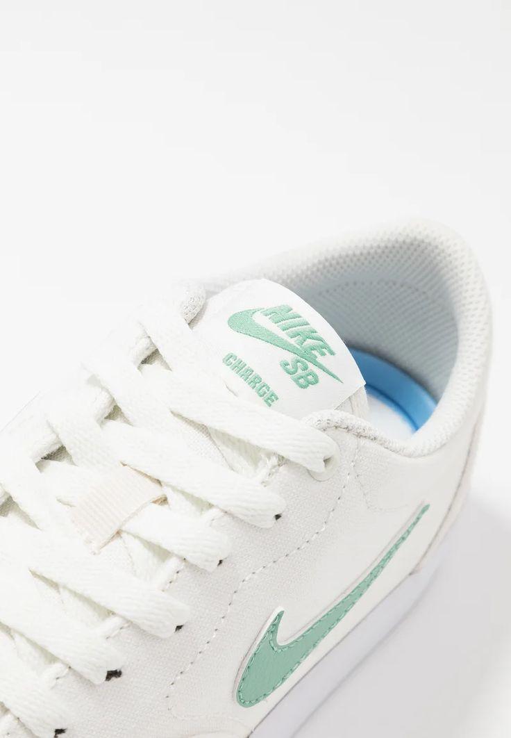 Nike SB CHARGE - Baskets basses - sail/healing jade/white ...