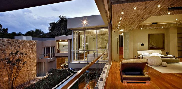 'Glass House Project' By Nico Van Der Meulen Architects