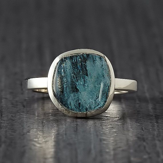 Free Form Aquamarine Silver Ring  Engagement Ring  Made by EnLitho, €55.00