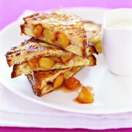 peaches & cream stuffed french toast. #gourmetillo loves!!