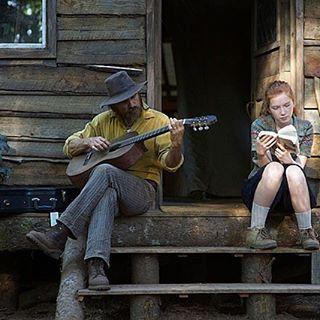 filmarks_official ★4.1!「普通って何ですか?」アカデミー賞ノミネート!ヴィゴ・モーテンセン主演。森で暮すヘンテコ家族が、迷い、戸惑いながらも自分たちらしく生きる姿に誰もが共感できる、感動のロードムービー『はじまりへの旅』ついに明日公開🚌 ・・・ 鑑賞前にFILMAGAに掲載中の特集も要チェック👀! ・・・ #映画 #movie #はじまりへの旅 #captainfantastic #ヴィゴモーテンセン #viggomortensen #georgemackay #キャスリンハーン #kathrynhahn #annalisebasso #試写会 #プレゼント #ポスター #映画部 #Filmarks #filmarks映画部  2017/03/31 18:27:13