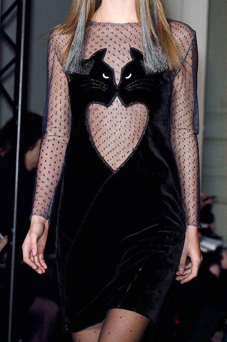 kocia obsesja nigdy niw wychodzi z mody!! ;) // Fashion's Obsession With Cats Is Never Going Away - Fashionista