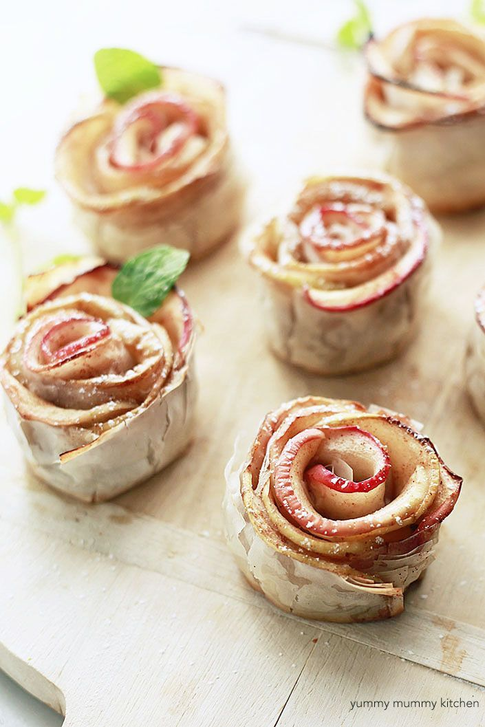 vegan baked apple pastry roses! These apple roses are so much easier than they look and have no refined sugar!
