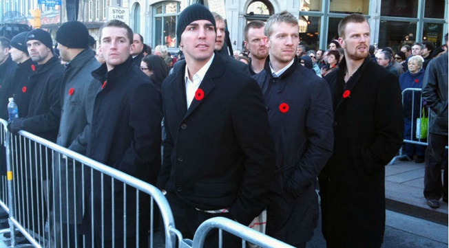 Remembrance day, Vancouver Canucks <3