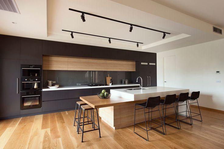 Moderne Küche Mit Kochinsel 2