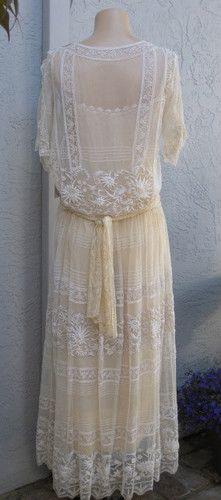 Deco 1920s lace wedding dress - Perfect vintage condition drop flapper waist