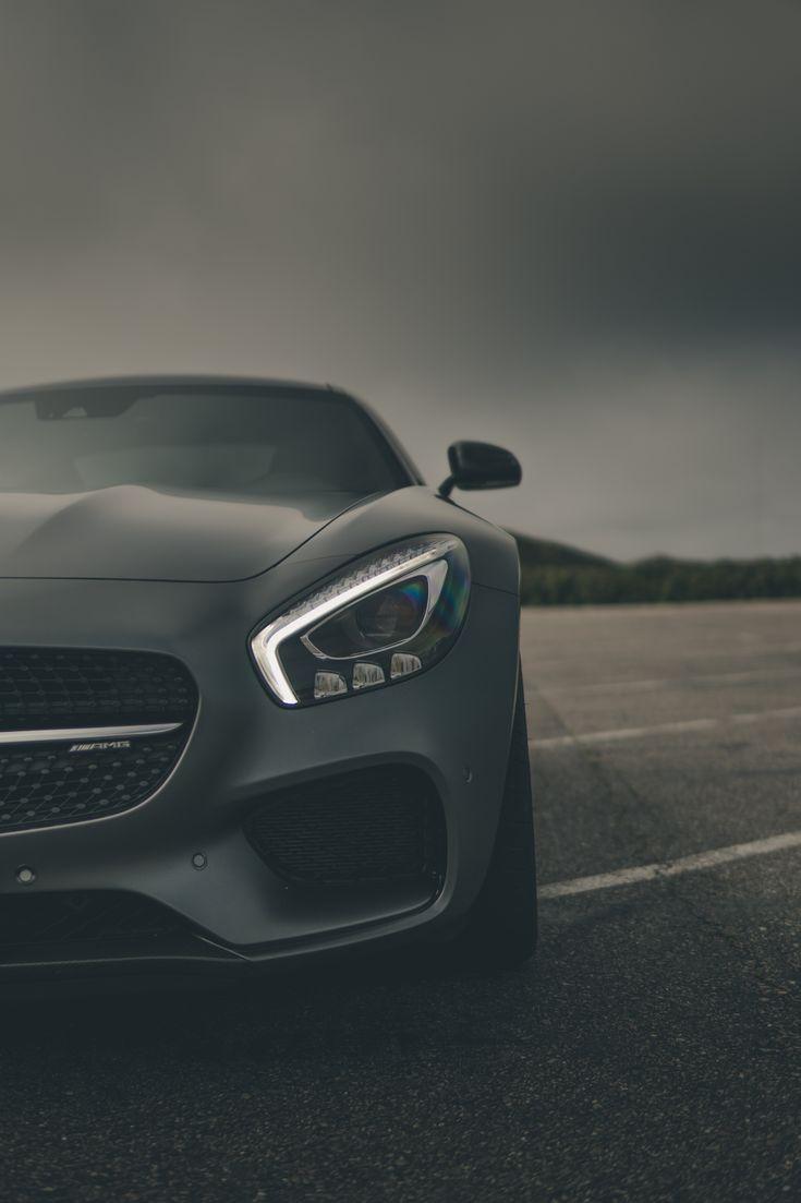 Always ready for the next challenge. Photo by Simon von Broich for #MBsocialcar [Mercedes-AMG GT S Coupé | Kraftstoffverbrauch kombiniert: 9,6-9,4 l/100 km | CO₂-Emissionen kombiniert: 200-196 g/km |http://mb4.me/Rechtlicher_Hinweis/]