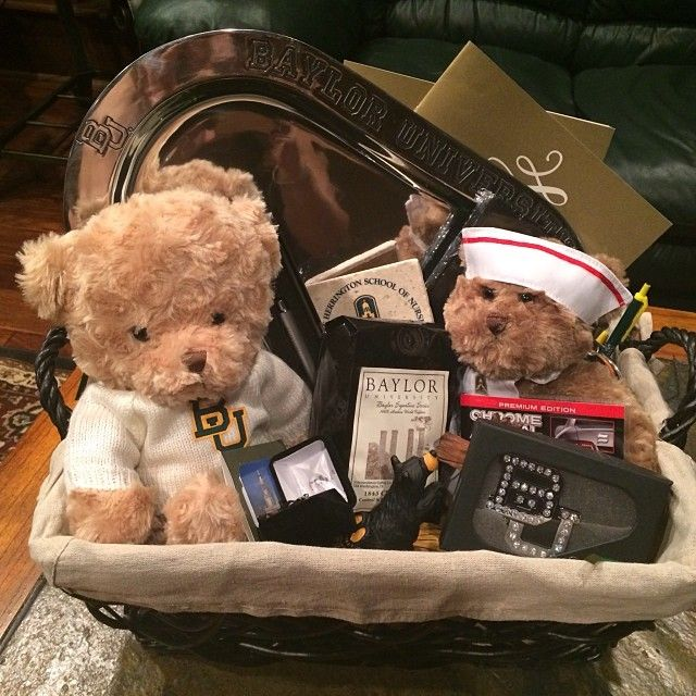 LET THE BAYLOR MERCH OBSESSION BEGIN!!! Thanks mom and dad for the little baylor nursing school basket haha its pretty darn cute  #sicem #bayloruniversity #nursing #graduation