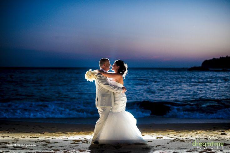 Destination wedding at the Secrets Huatulco resort in Mexico
